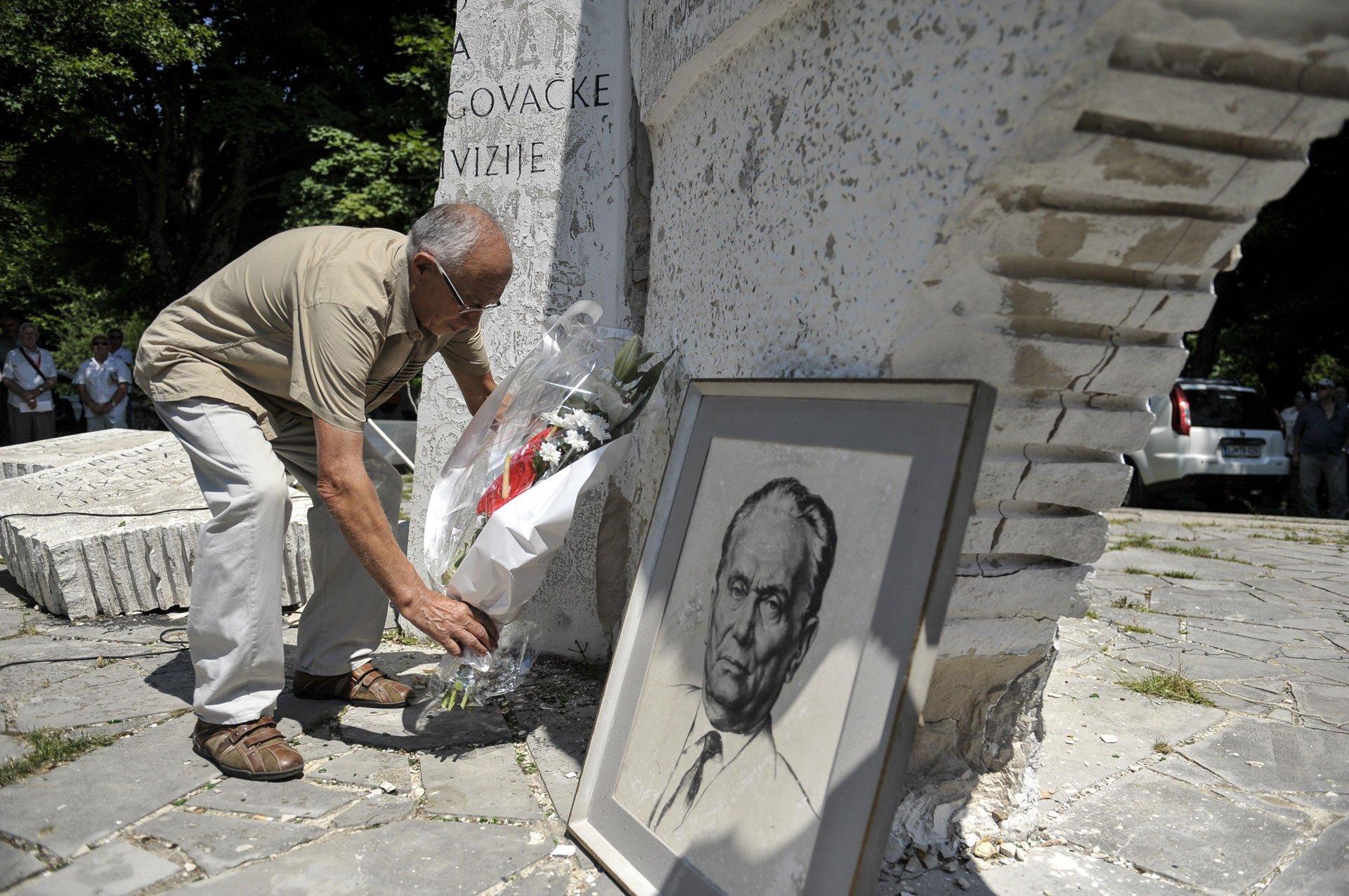 http://hrvatskifokus-2021.ga/wp-content/uploads/2016/06/55b5fc8b7f27e0.48298161_na-ivan-sedlu-svecano-obiljezen-dan-ustanka-naroda-bih-fasizam-nazalost-jos-nije-pobijedjen_1437828083.jpg