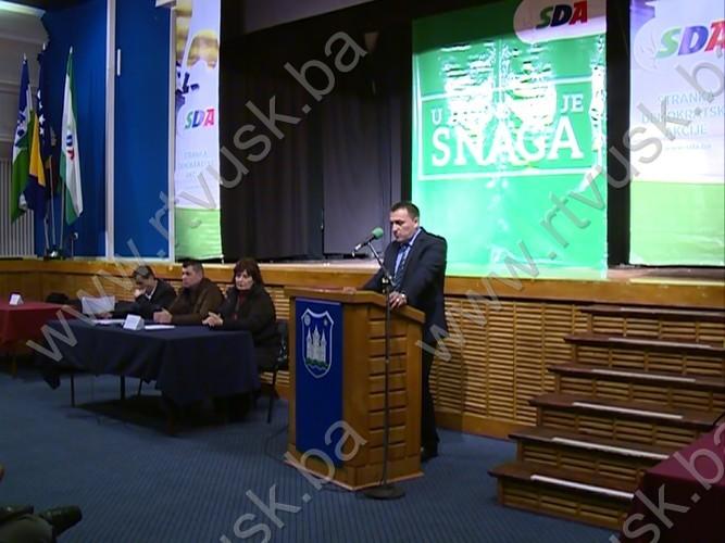 Obraćanje Šemsudina Dedića članovima Skupštine SDA USK