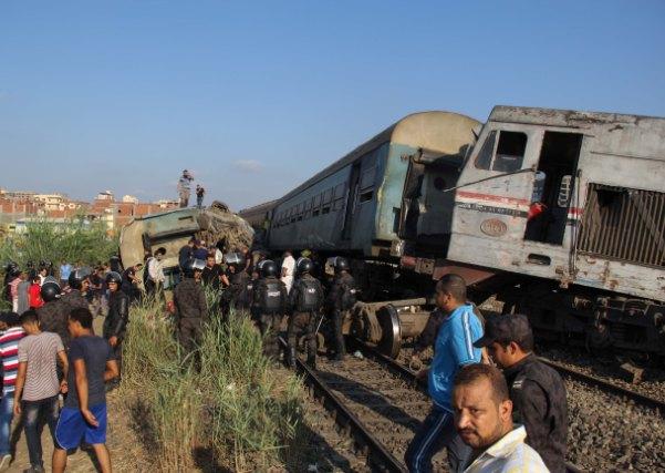 Najmanje 36 osoba poginulo u željezničkoj nesreći u Aleksandriji