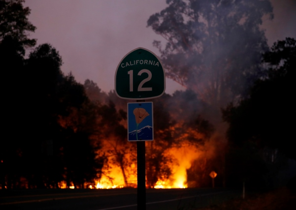 'Vatrena oluja' odnijela najmanje deset života