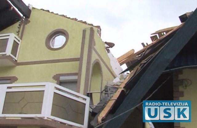 Malićpao sa krova porodične kuće