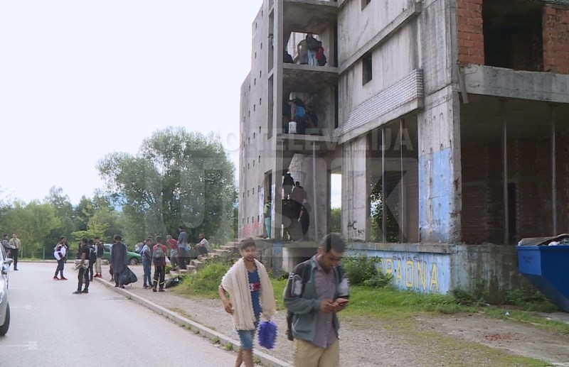 Bihać: Migranti napustili Dom penzionera