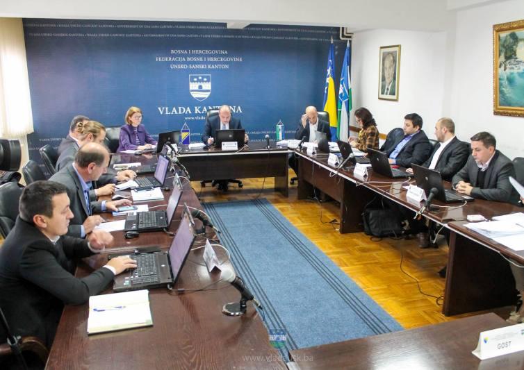 Vlada razriješila dužnosti direktora ZZO