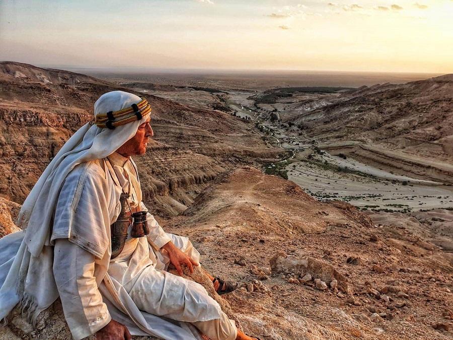 VIŠE OD 20 POGINULIH U AUTOBUSKOJ NESREĆI NA SJEVERU TUNISA