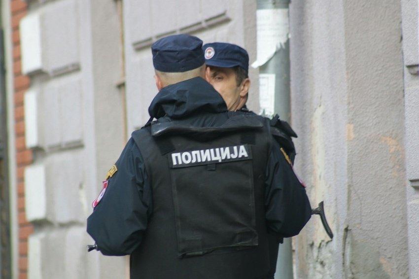POLICIJA NOĆAS UHAPSILA GRUPU NARKODILERA IZ BANJE LUKE I DOBOJA