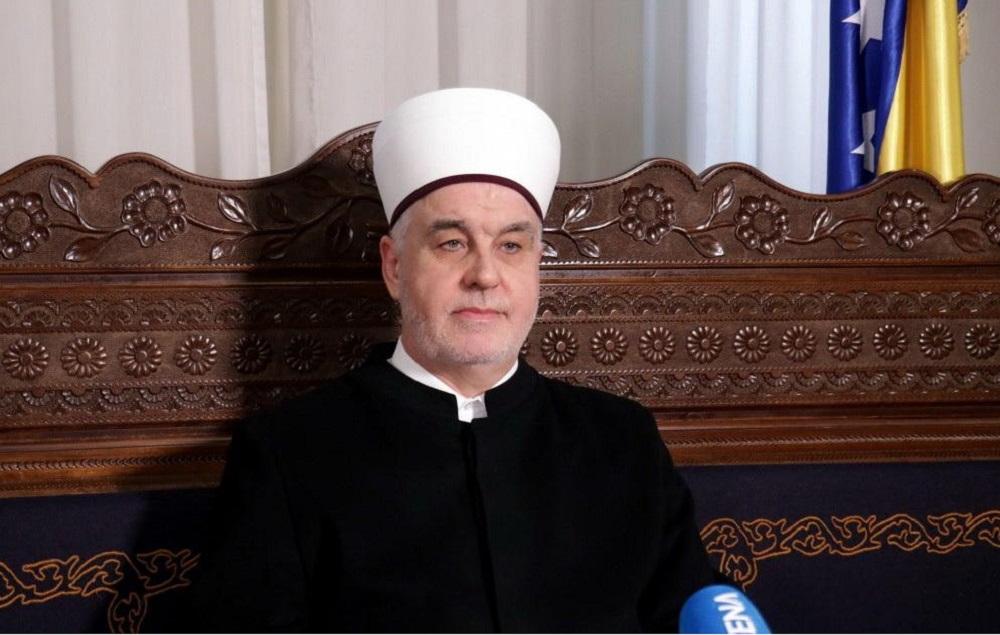 BAJRAMSKA ČESTITKA REISU-L-ULEME ISLAMSKE ZAJEDNICE U BIH HUSEINA EFENDIJE KAVAZOVIĆA