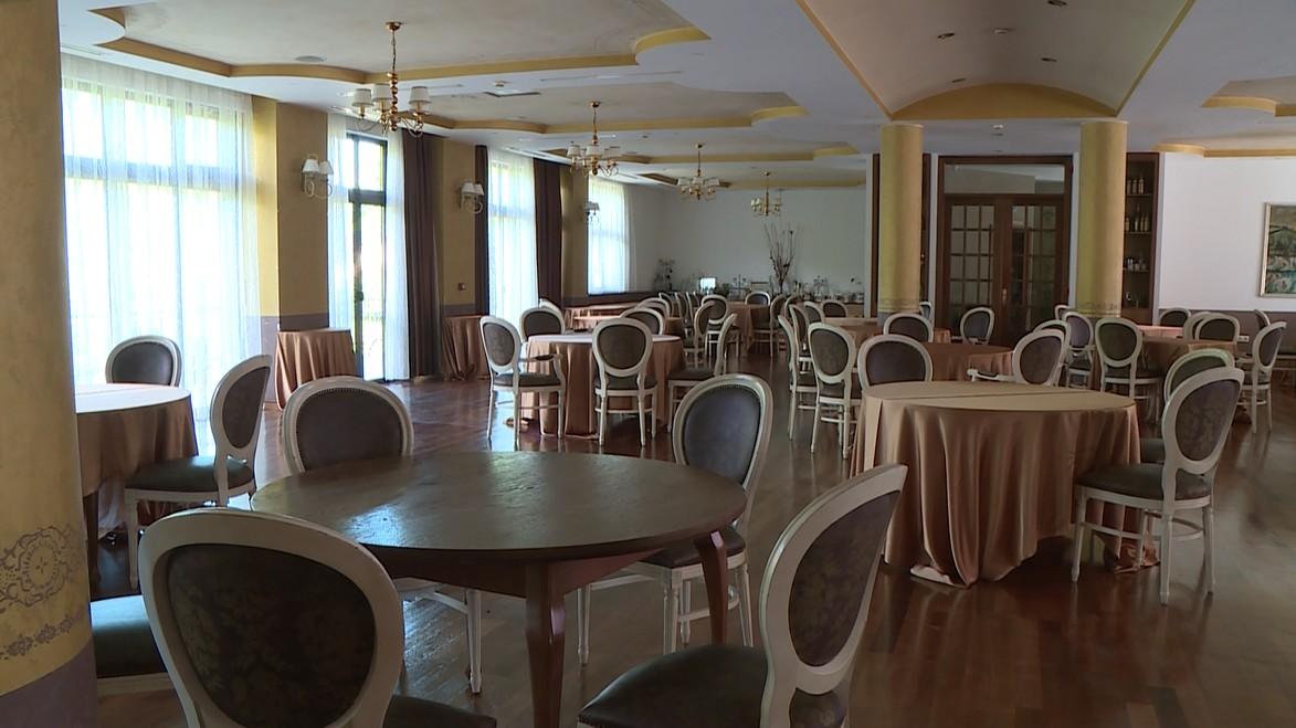 HOTELI OTVORENI – SOBE I DALJE PRAZNE