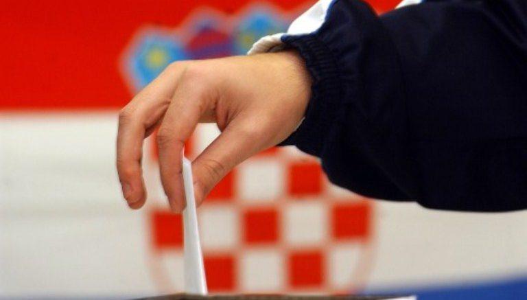 HRVATSKA -U PONOĆ POČINJE DVODNEVNA IZBORNA ŠUTNJA: BORBA 2.700 KANDIDATA SA 192 LISTE