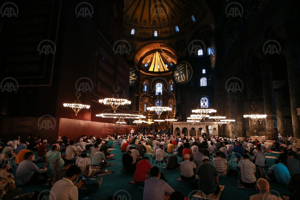 TURSKA: U AJA SOFIJI KLANJAN BAJRAM-NAMAZ NAKON 86 GODINA