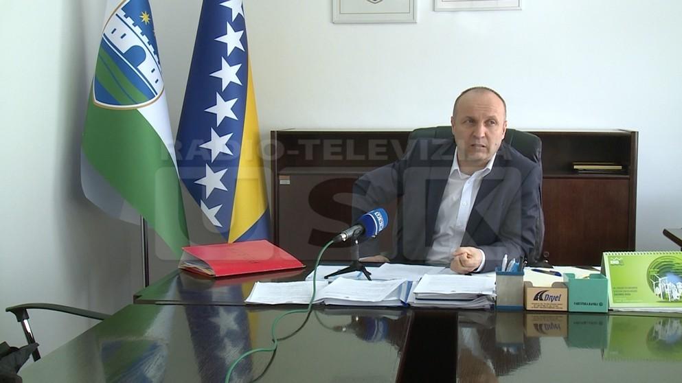 MINISTAR KADIRIĆ :  PRIVREDA USK -  JAKO JE  MALO POSLOVNIH ZONA A POJEDINE VEĆ FORMIRANE SAMO SU MRTVO SLOVO NA PAPIRU