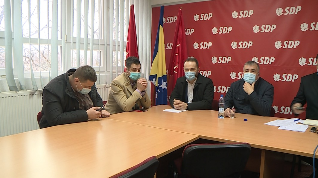 DANAŠNJA PRESS KONFERENCIJA GO SDP-A BIHAĆ POSVEĆENA DOMU ZDRAVLJA
