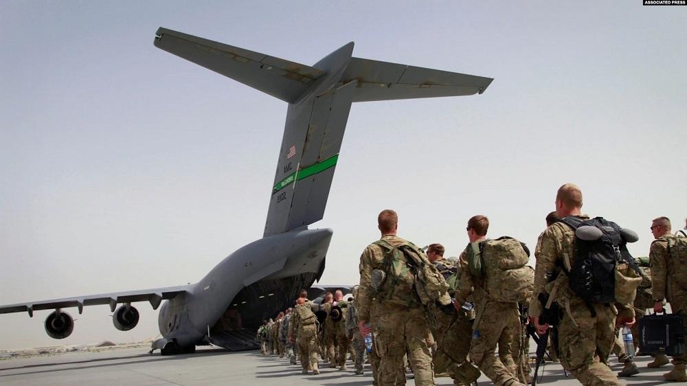 SAD POČELE POVLAČENJE IZ AFGANISTANA, TALIBANI OSVOJILI VAŽNU VOJNU BAZU