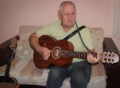 Jovo Jerković, slijepi muzičar iz Gradiške