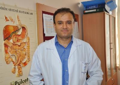 Hirurg Mehmet Erikoglu uspješno operirao mladića