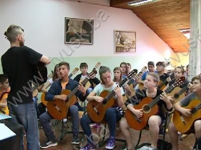 Ljetna škola gitare za učenike Muzičke škole