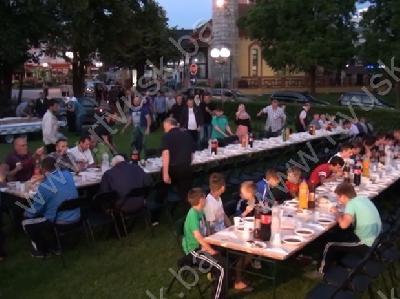 Zajednički iftar je obilježilo veliko prisustvo mladih