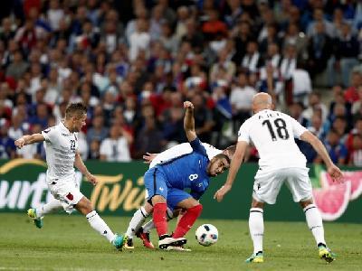 Susret Francuske i Albanije u grupnoj fazi (2:0)