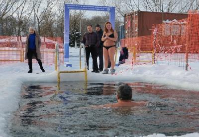 Članovi kluba svake zime organizuju kupanje u ledenoj vodi