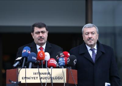 Guverner Istanbula Vasip Sahin na press konferenciji