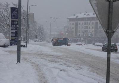 Prioritet čišćenje saobraćajnica kojima se odvija javni prevoz