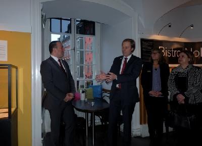 Crnadak izložbu otvorio u sklopu službene posjete Kraljevini Švedskoj