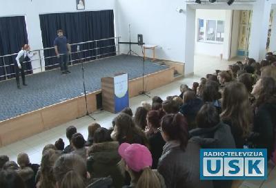 Udruženje MoguLi održalo  školsku premijeru predstave