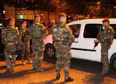 Policija na meti napadača