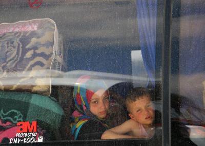 Desetine hiljada ljudi nakon dogovora o evakuaciji izbjeglo u Idlib