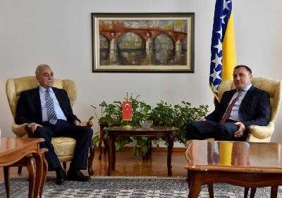 Fakibaba s ministrom Šemsudinom Dedićem