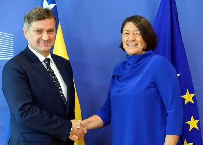 Denis Zvizdić i komesar EU za mobilnost i transport Violeta Bulc
