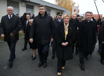 HRVATSKA: DESECI HILJADA LJUDI U KOLONI SJEĆANJA POVODOM 26. GODIŠNJICE PADA VUKOVARA
