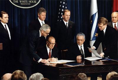 Na današnji dan prije 22 godine parafiran Dejtonski mirovni sporazum