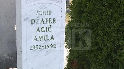 DŽAFERAGIĆ AMILA 1992 - 1992: UBIJENA U MAJČINOM NARUČJU U BILJANIMA