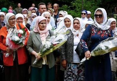 Majke, sestre, supruge i rodbina ubijenih odali počast najdražima