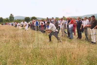 Na desetine kosaca iz svih krajeva BiH i regije odmjeravali vještine