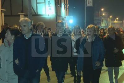 Protestna šetnja građana nakon sinoćnjih protesta na Gradskom trgu