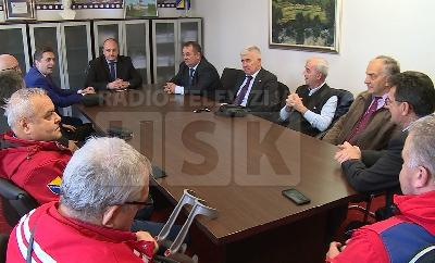 Sastanak premijera Ružnića s predstavnicima Crvenog križa