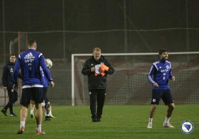 Večeras drugi trening naših nogometaša