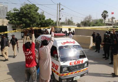 Najmanje dva policajca poginula u napadu