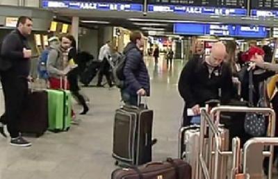 ŠTRAJK SLUŽBENIKA BEZBJEDNOSTI  PARALISAO AERODROME U BERLINU