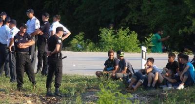 SINOĆ U DOMU ZDRAVLJA VELIKA KLADUŠA PRIMLJENO ZBOG TJELESNIH POVREDA 18 MIGRANATA: HRVATSKA POLICIJA ONEMOGUĆILA NJIHOV PRELAZAK