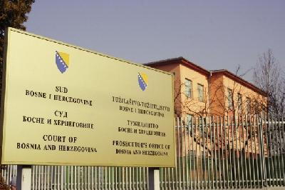 DVOJICA DRŽAVLJANA TURSKE OPTUŽENI ZA KRIJUMČARENJE MIGRANATA, USLUGE NAPLAĆIVALI I DO 4.000 EURA