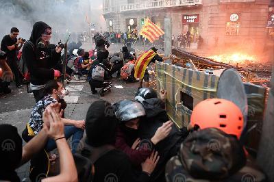 BARCELONA: U NEREDIMA NA ULICAMA POVRIJEĐENE NAJMANJE 62 OSOBE