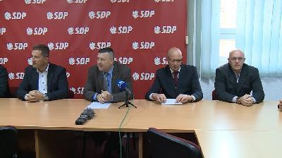 BIHAĆ:PREDSTAVNICI SDP-A UNSKO-SANSKOG KANTONA ODRŽALI PRESS KONFERENCIJU