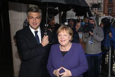 HRVATSKA USKORO PREDSJEDAVA EU: PRIVILEGIJA KOJA TRAŽI ŽRTVOVANJE NACIONALNIH INTERESA