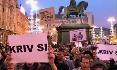 ZAGREB: HILJADE LJUDI NA PROTESTU PROTIV BANDIĆA