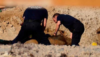 NJEMAČKA: U TOKU EVAKUACIJA HILJADA LJUDI ZBOG UNIŠTAVANJA BOMBI IZ DRUGOG SVJETSKOG RATA