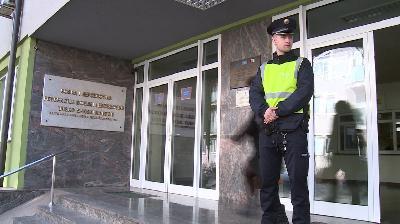 MUP-U USK NEDOSTAJE 100 POLICIJSKIH SLUŽBENIKA NA TERENU