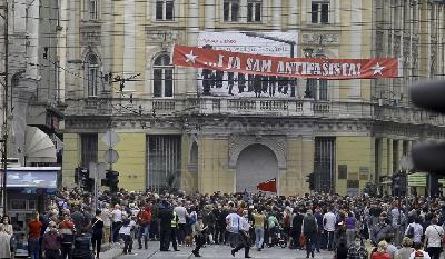SARAJEVO:  PROTEST ANTIFAŠISTA - BRANITI PRINCIPE SLOBODE, JEDNAKOSTI I PRAVA SVIH
