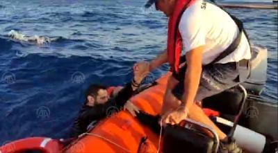 TUNIS: NAKON BRODOLOMA PRONAĐENA TIJELA 20 MIGRANATA